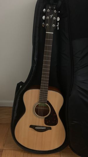 Yamaha FS800 Acoustic Guitar for Sale in Silver Spring, MD