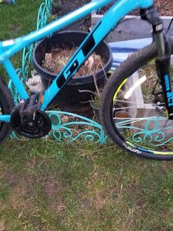 GT  Aggressor Mountain Bike for Sale in Everett,  WA