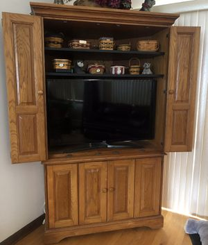 Oak corner cabinet for Sale in Haddam, CT