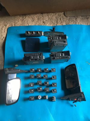 Parts for sale astro and GMC mini van asking for $225 for Sale in The Bronx, NY
