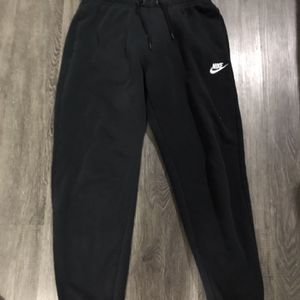 nike sweatpants for Sale in Collingdale, PA