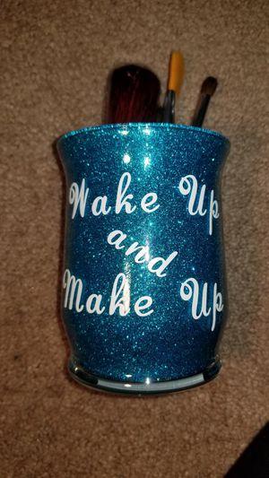 New Makeup brush holder for Sale in FSTRVL TRVOSE, PA