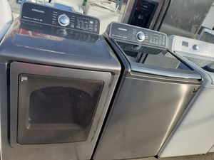 SAMSUNG WASHER AND GAS DRYER TOP LOAD for Sale in Los Angeles, CA