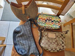 Coach bag/purses for Sale in Orlando, FL