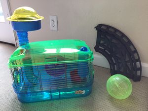 """Hamster Cage with wheel, """"lookout"""", rolly ball, ball track, and bedding. for Sale in Seaside, CA"""