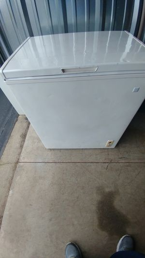 Chest freezer for Sale in York, PA