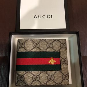 Gucci Wallet Bee Monogram Money Holder New Unisex for Sale in New York, NY
