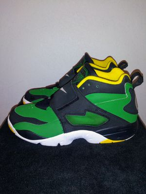 NIKE DIAMOND TURF ( SIZE 12 MENS ) for Sale in Lakeland, FL