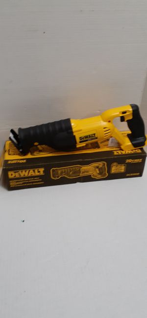 DEWALT 20-Volt MAX Lithium-Ion Cordless Reciprocating Saw 4 way position blade (Tool-Only) brand new nuevo for Sale in San Bernardino, CA