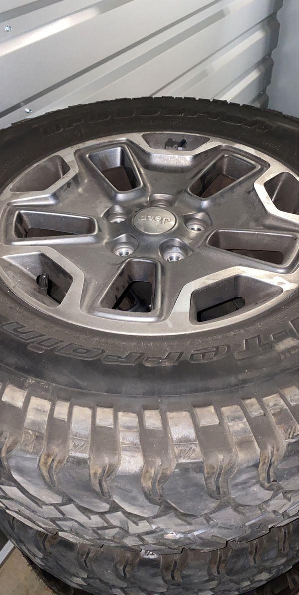 2017 Jeep Rubicon OEM wheels
