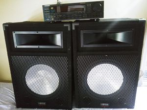 Speakers wiht amplifier for Sale in Potomac Falls, VA