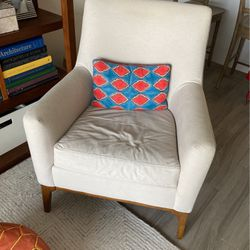 FREE chair from West Elm - Needs to be re-upholstered for Sale in Miami,  FL