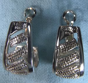 Authentic Tiffany & Co. sterling silver earrings, vintage for Sale in Silver Spring, MD