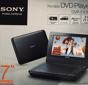 """Sony portable personal 7"""" widescreen DVD player for Sale in Lyndhurst, OH"""