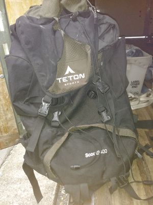 Scout 3400 hiking backpack for Sale in Bloomfield, NJ