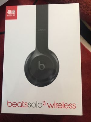 Beats solo 3 wireless for Sale in Fresno, CA