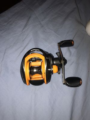 Quantum casting reel for Sale in Milford, CT