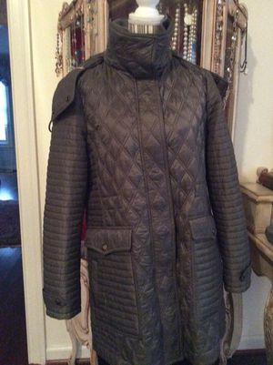 Authentic Burberry welburn Coat in mink color size xl with tags attached for Sale in Oakton, VA
