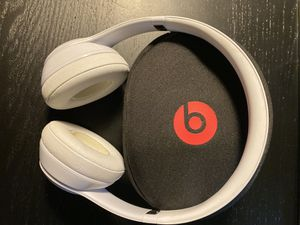 Beats Solo 3 Wireless Headphones for Sale in San Antonio, TX