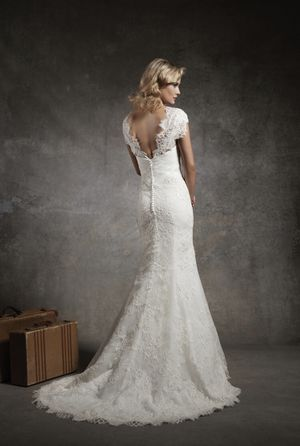 Justin Alexander Lace Wedding Dress - BRAND NEW for Sale in Portland, OR