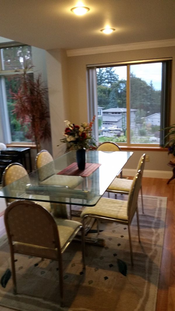 Retro glass dining room table