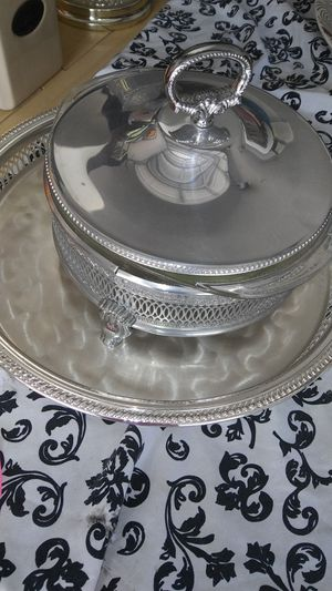 Pyrex and metal pot for Sale in Spring Hill, FL