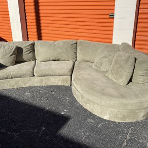 Beautiful Soft Fabric Sectional for Sale in Austin, TX