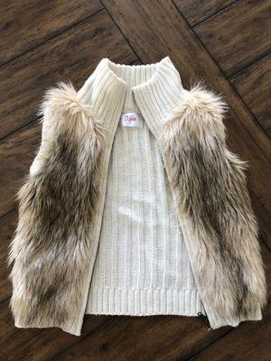 Justice Faux Fur Vest, size 7 for Sale in Germantown, MD