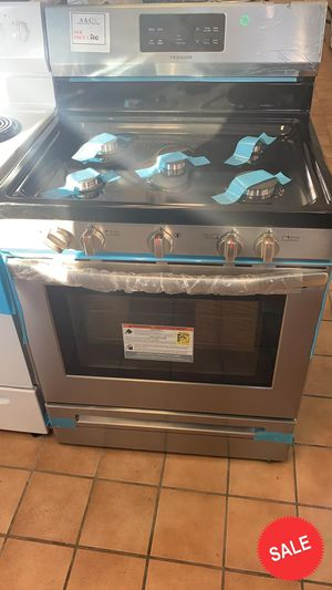 BLOWOUT SALE!Frigidaire Gas Stove Oven LOWEST PRICES! 5.8 cu ft #1552 for Sale in Glen Burnie, MD