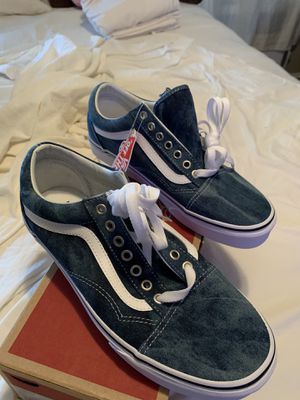 Vans Sneakers 9.5 Women for Sale in Philadelphia, PA