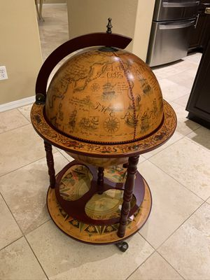 Globe Bar - perfect condition like new for Sale in Phoenix, AZ