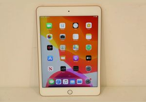 iPad 5th generation 32gb gold for Sale in Lorain, OH