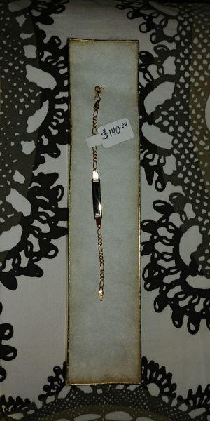14k solid gold baby ID bracelet.. Pulserita de oro de 14k para bebe con plaquita para inscripción de nombre. for Sale in Manassas Park, VA