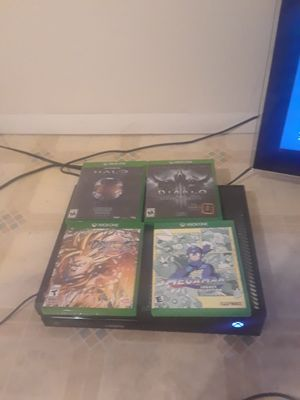 Xbox one with games on disc and console. Comes with everything needed. for Sale in Salt Lake City, UT