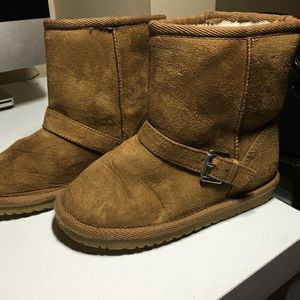 Children's Place faux suede boots for Sale in Byron Center, MI