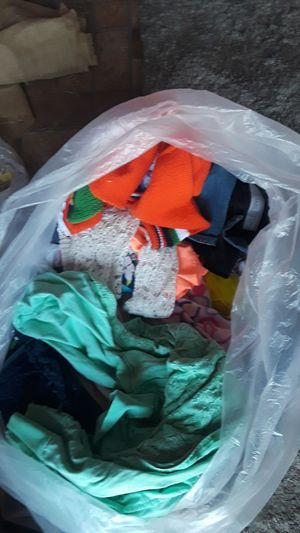 Free bag of mixed clothes for Sale in Bloomington, CA