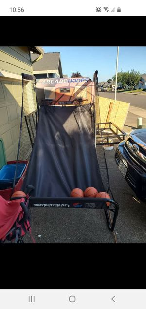 Basketball hoop for Sale in Donald, OR