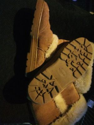 Style and co size. 8-9 'ugg' / faux fur boots for Sale in Kent, WA