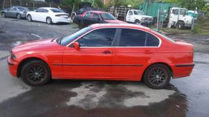 1999 BMW 328i Clean 300k Miles runs and drives!!!! for Sale in Temple Hills, MD