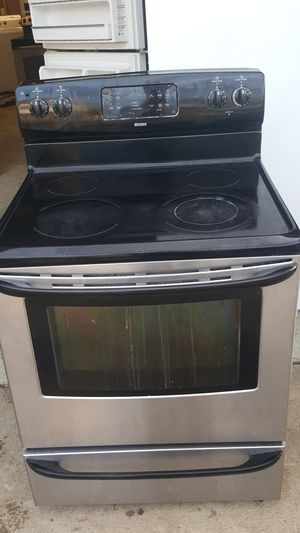 Kenmore Stainless steel smooth top electric stove digital clock self cleaning Works great for Sale in Nashville, TN