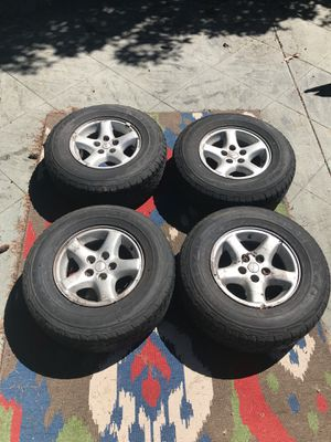 Jeep wheels with good tires for Sale in Seattle, WA
