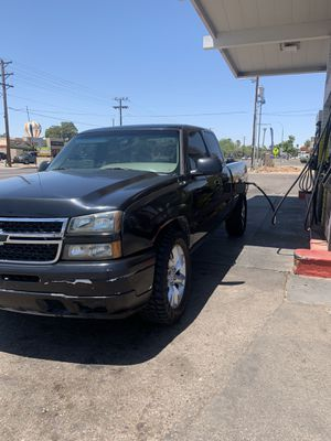 2003 Chevrolet Silverado for Sale in Phoenix, AZ