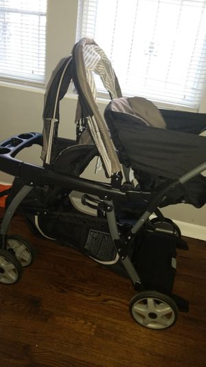 Gracco double stroller for Sale in Baltimore, MD