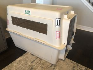 Extra Large Pet carrier dog crate for Sale in Tampa, FL