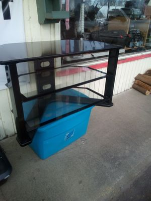 TV stand z-line for Sale in Scappoose, OR