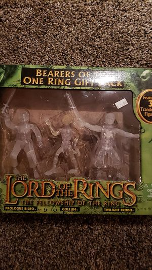 Lord of the rings set. for Sale in Oswego, IL