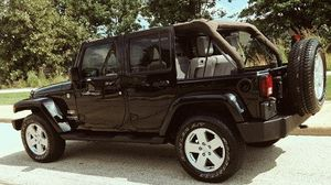 2007 Jeep Wrangler 4WD Unlimited Sahara for Sale in Las Vegas, NV