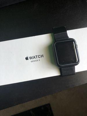 Apple Watch Series 3 42mm GPS for Sale in Oakland Park, FL