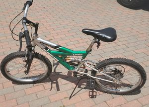 Magna 20in refuge bmx bike. Gears Do not work and is stuck in one gear cable is broken for Sale in Morton Grove, IL