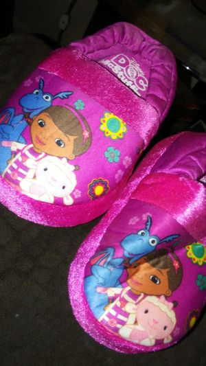 Doc Mcstuffins houseshoes for Sale in Detroit, MI